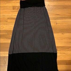 Max Studio maxi skirt, medium
